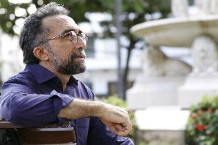 Escritores usam literatura para homenagear sua cidade