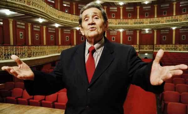 Expedito Baracho celebra 60 anos de carreira (Artista comemora 60 anos de carreira com show no Teatro Santa Isabel, nesta quinta-feira (1º), às 20h.)