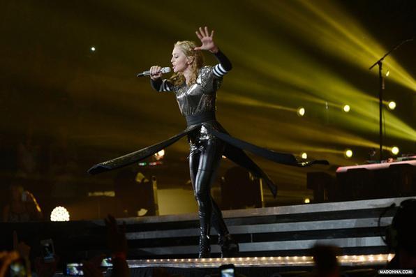 Com 30 anos de carreira Madonna se consagrou como a rainha do pop e vem mantendo a majestade. Aos 55 anos a cantora, compositora, atriz, dançarina, empresária e produtora musical tem um currículo de causar inveja. Foto: Madonna.com/Reprodução -