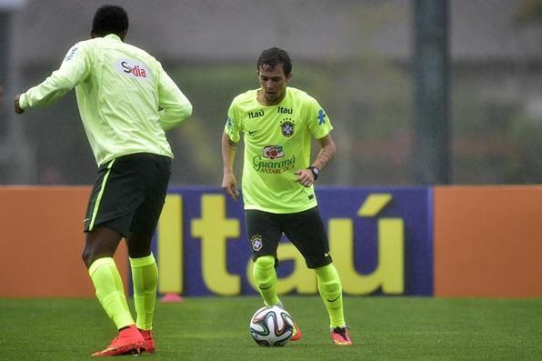 Bernard, atacante da Seleção Brasileira. Foto: Gaspar Nóbrega/VIPCOMM - Gaspar Nóbrega/VIPCOMM