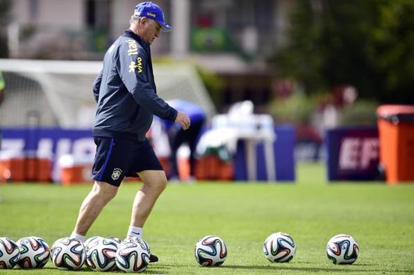 Luiz Felipe Scolari, técnico da Seleção Brasileira de Futebol Crédito: Gaspar Nóbrega/VIPCOMM  -