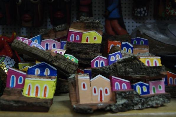 ''Não dá para visitar Pernambuco sem levar um dos artesanatos típicos daqui. Confira as dicas de compra de souvenirs''. Foto: Carolina Braga/Esp. DP/D.A Press -