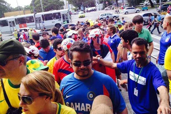 Movimentação no Recife para jogo entre Costa Rica e Itália, que acontece na Arena Pernambuco. Foto: Teresa Maia/DP/D.A Press -