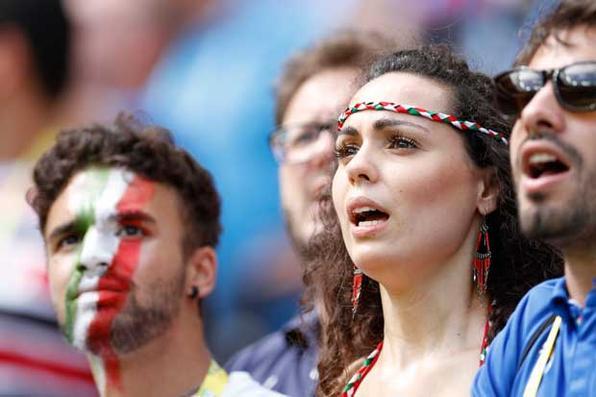 Veja as fotos do jogo entre Costa Rica e Itália, na Arena Pernambuco. Foto: Ricardo Fernandes/DP/D.A Press -