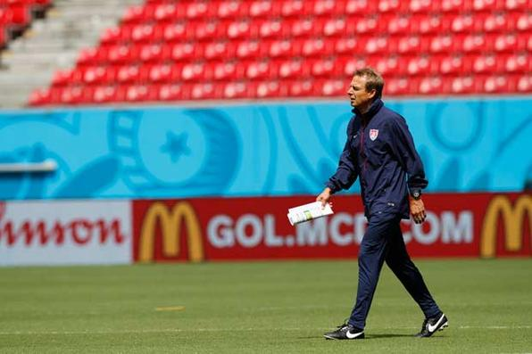 Seleção dos Estados Unidos faz treino na Arena Pernambuco. Foto: Ricardo Fernandes/DP/D.A Press -
