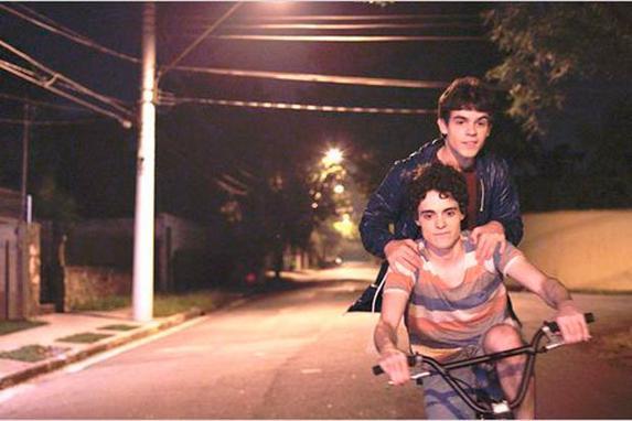 """Oscar 2015: filme brasileiro indicado � """"Hoje eu quero voltar sozinho"""" (O an�ncio foi feito nesta quinta-feira (18) pela ministra da Cultura, Marta Suplicy; ao todo, 18 longas-metragens disputaram a indica��o)"""