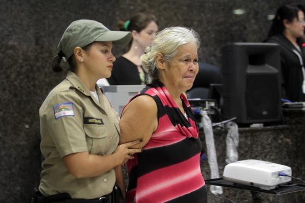 Primeiro dia do julgamento dos ''Canibais de Garanhuns''. Fotos Annaclarice Almeida e Paulo Paiva/DP/D.A Press. -