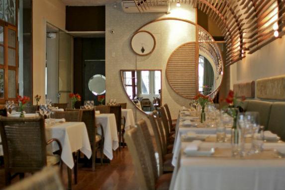 Wiella Bistr� e Ponte Nova elevam n�vel do turismo gastron�mico no Recife (Lista em comemora��o aos 50 anos do Guia Quatro Rodas escolheu os 50 melhores restaurantes do Brasil. Wiella Bistr� e Ponte foram os �nicos pernambucanos a receber a disputada distin��o)