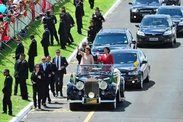 Presidente reeleita Dilma Rousseff, chega ao Congresso para cerimônia de Posse. Foto: Zeca Ribeiro/Câmara dos Deputados -