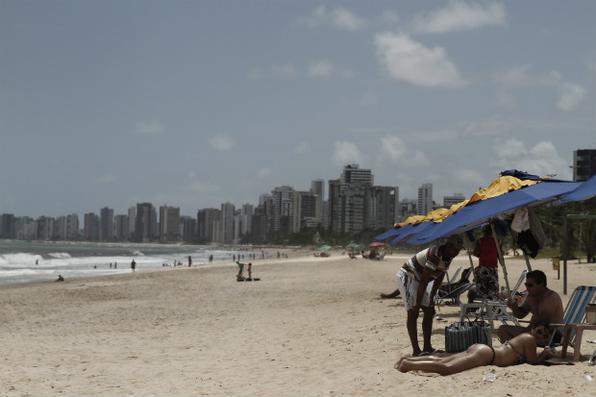 Um passeio pela praia de Boa Viagem. Foto: Blenda Souto Maior/DP/DA Press -