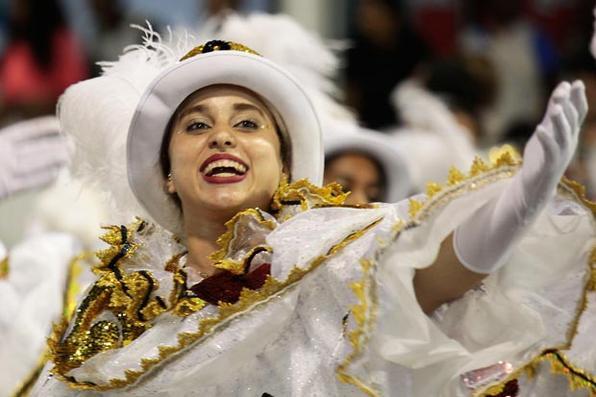 Escola homenageou Elis Regina e teve como destaque a filha da cantora, Maria Rita. Foto: Paulo Pinto/LIGASP/Fotos Públicas -
