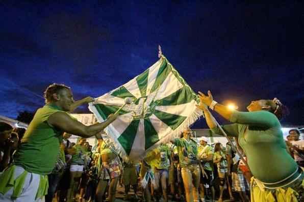 A escola Gigante do Samba venceu o desfile de carnaval do Recife pela 8ª vez consecutiva. Foto: Paulo Paiva/DP/D.A Press -