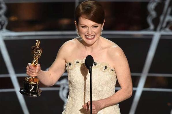 Julianne Moore ganhou a estatueta por sua atuação em ''Para sempre Alice'' - Foto: Oscar.com/Reprodução
