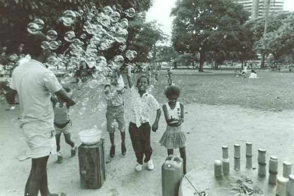 Parque da Jaqueira comemora 30 anos (Em abril, a Prefeitura deve oferecer programa��o em homenagem � principal �rea verde da Zona Norte. Antes da festa, fa�a uma viagem no tempo por meio de antigos registros)