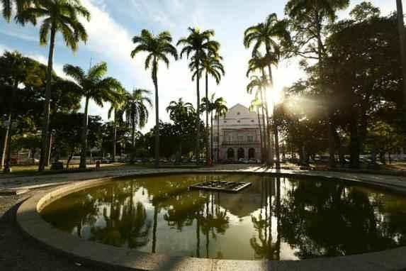 Recife comemora obra do paisagista Burle Marx (Durante agosto, m�s em que o paulistano completaria 116 anos de nascimento, capital pernambucana celebra sua produ��o paisag�stica com uma extensa programa��o)
