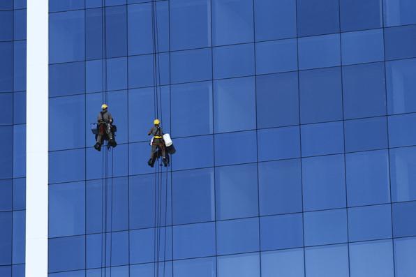 Profissionais que trabalham nas alturas. - Paulo Paiva/DP/D.A Press