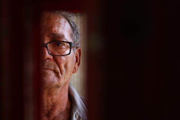 Severino Antero Alves, encanador. Ele chegou a ficar preso durante 20 dias por ter o nome igual ao do verdadeiro criminoso.  - Peu Ricardo/Esp. DP
