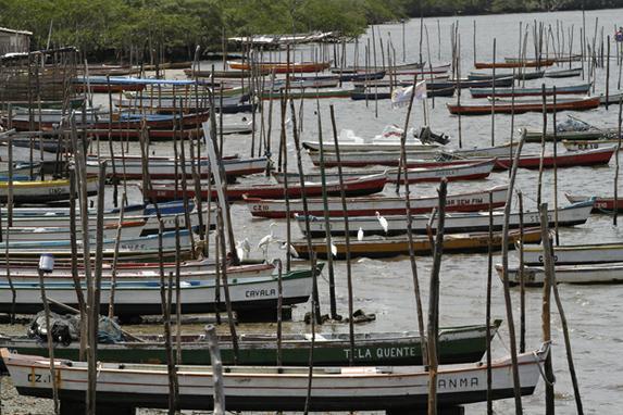 Rotas de Pernambuco (A s�rie Rota Pernambuco traz um roteiro das belezas do estado. Na foto, barcos no munic�pio de Itapissuma . Foto: Ricardo Fernandes DP)