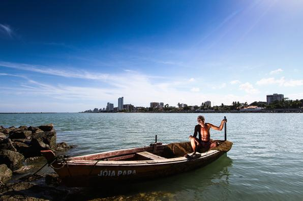 ANIVERSÁRIO DE 480 ANOS DE RECIFE E 482 DE OLINDA. Pescador da cidade de Olinda. - Paulo paiva/DP