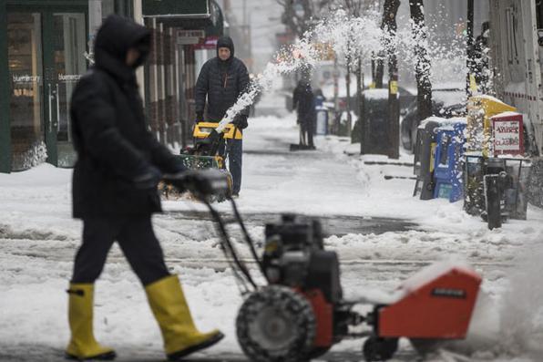 Tempestade de neve castiga  Nova Iorque  e deixa ruas vazias. Foto: Drew Angerer / Getty Images / AFP -