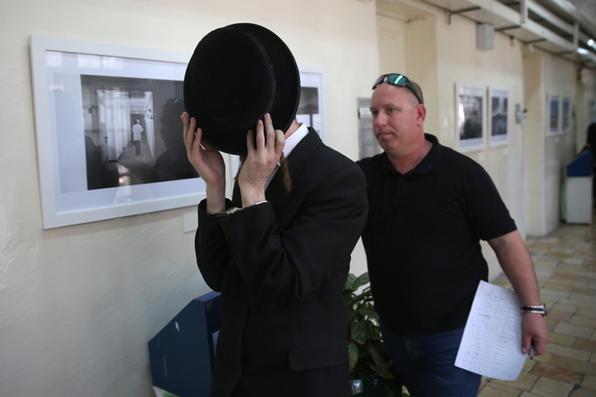 Mais de 20 judeus ultraortodoxos detidos em Israel por suspeita de abuso sexual. Foto: AFP PHOTO / MENAHEM KAHANA -