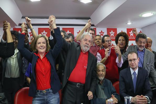 Ex-presidente Lula dá entrevista coletiva na sede do PT Nacional, em São Paulo. Foto: Ricardo Stuckert -
