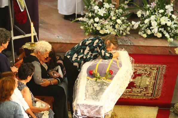 Velório do Padre Edwaldo Campos na Igreja de Casa Forte. Foto: Peu Ricardo/DP -