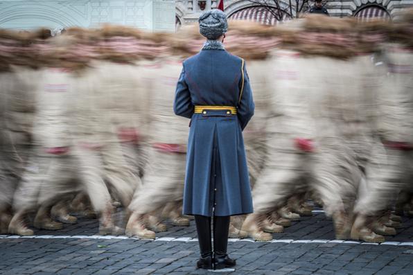 A Rússia comemora os 100 anos  da Revolução com um grande desfile na Praça Vermelha. Foto:  AFP PHOTO / Mladen ANTONOV -