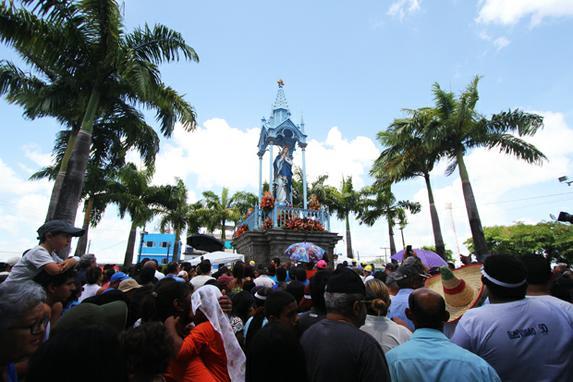 FOTOS DO DIA (Dia de fé e adoração à Nossa Senhora da Conceição. Foto: Nando Chiappetta/DP. )