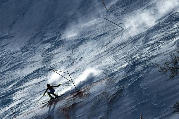 FOTOS DO DIA (Frida Hansdotter da Suécia compete no Slalom Feminino no Centro Alpino de Jeongseon durante os Jogos Olímpicos de Inverno de Pyeongchang. AFP PHOTO / Kirill KUDRYAVTSEV)