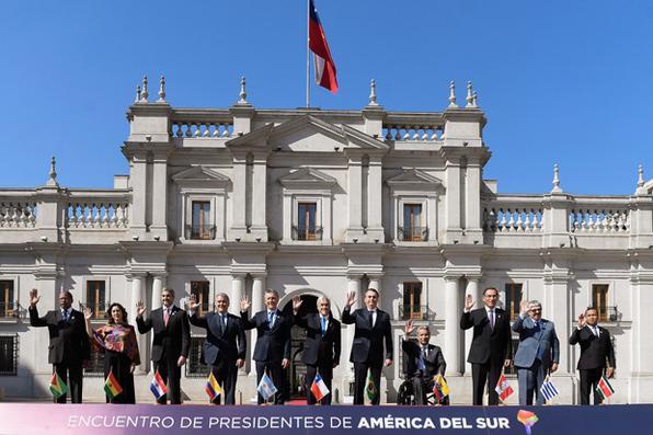 Bolsonaro durante a Cupula Presidencial de Integracao Sul-Americana O presidente do Brasil, Jair Bolsonaro, durante a Cupula Presidencial de Integracao Sul-Americana, em Santiago, no Chile. -