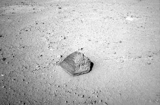 A rocha foi batizada de Jake Matijevic, em homenagem a engenheiro. Foto: Nasa/AFP Photo