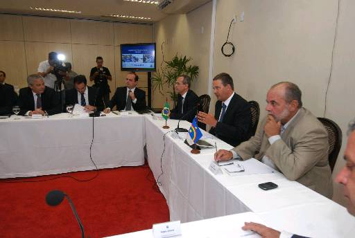 Ap�s reuni�o com o secretariado, govenador afirmou que o momento n�o � apropriado para a discuss�o da sucess�o presidencial. Foto: Edvaldo Rodrigues/DP/D.A Press  (Edvaldo Rodrigues/DP/D.A Press)