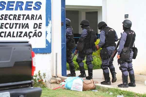 Tumulto acontece no Presídio Frei Damião de Bozzano, que faz parte do Complexo Prisional Professor Aníbal Bruno. (Juliana Cavalcanti/DP/D.A Press)
