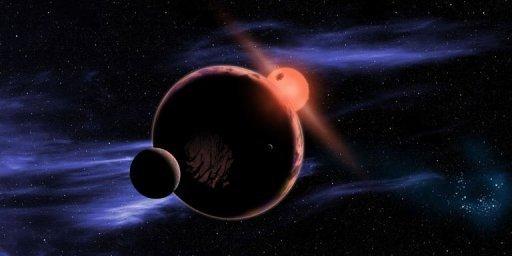 Planeta e duas luas em órbita de uma