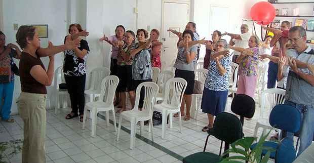 Pacientes assistidos pela Associação de Parkinson de Pernambuco temem perder acesso aos tratamentos oferecidos pela instituição, que não tem para onde ir após despejo. (Foto: Divulgação)