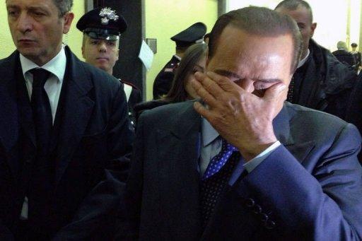 O ex-primeiro-ministro italiano e magnata dos meios de comunicação Silvio Berlusconi foi condenado nesta quinta-feira a um ano de prisão por violar o segredo de instrução no caso Unipol. Foto: Olivier Morin/AFP Photo