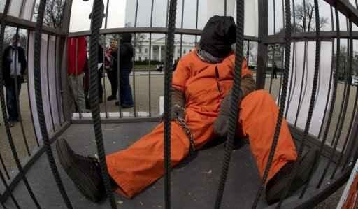 Manifestante de Iowa protesta a favor do fechamento de Guantánamo em janeiro de 2012. Foto: Paul J. Richards/AFP.