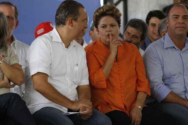A presidenta Dilma Rousseff ao lado do governador Eduardo Campos em recente visita ao estado para inauguração do Sistema Adutor do Pajeu. Foto: Blenda Souto Maior/DP/D.A Press/Arquivo