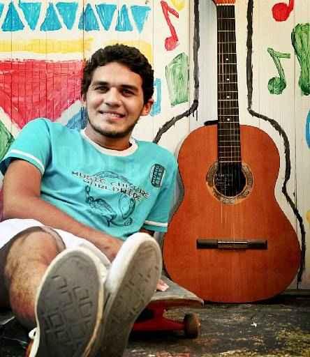 Rayan Rodrigues, protestante, usa o humor para falar de Deus. Foto: Arquivo pessoal.