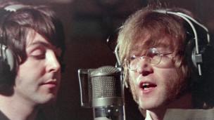 John e Paul clicados por Ringo. Foto: BBC Brasil/Divulgação