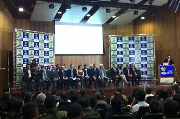 O Pacto Pela Vida do Recife está sendo lançado na manhã desta quarta-feira pelo prefeito Geraldo Julio. Foto: Wagner Oliveira/DP/D.A Press