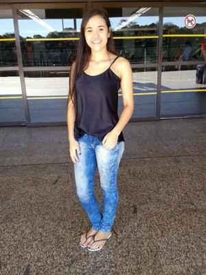 Bruna morreu no final da noite de ontem ap�s um ataque de tubar�o registrado no in�cio da tarde em Boa Viagem. Foto: Arquivo Pessoal/Reprodu��o