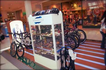 Acquashop, especializada no mercado automotivo e náutico, agora tem um espaço exclusivo com uma boa variedade de bicicletas.Foto: Divulgação (Divulgação)