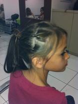 Traçinhas dão o equilibrio necessário para as meninas não extrapolarem o limite da sua idade. (www.espaçojaqueira.com.br)