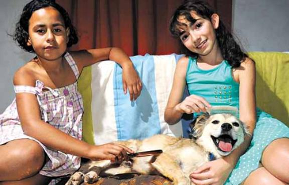 """Belo vive na """"folga"""" com as irmãs, Luana e Camila. Crédito: Ed Alves/CB/D.A Press"""