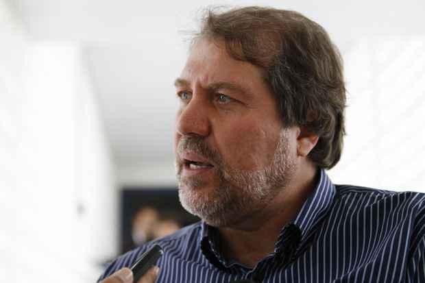 Renildo Calheiros sanciona Lei da Transparência na Câmara de Olinda. Foto: Blenda Souto Maior/DP/D.A Press/Arquivo