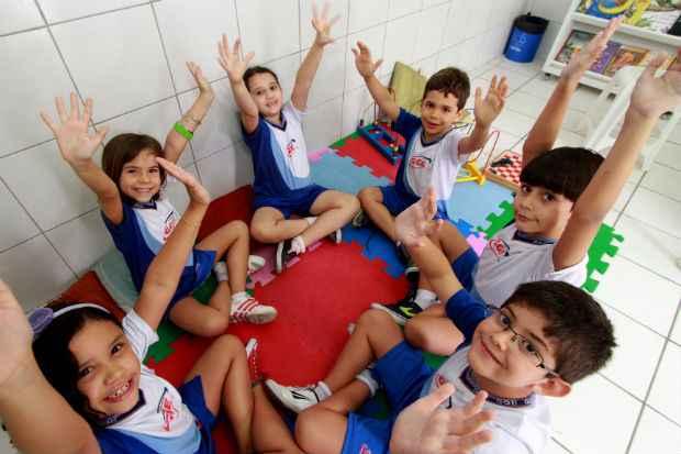 Na foto, Maria Júlia, Beatriz Duarte, Marcelle Lagos, Gabriel Duarte, Augusto Venâncio e Arthur Gabirel. Crédito: Annaclarice Almeida/DP/D.A Press.