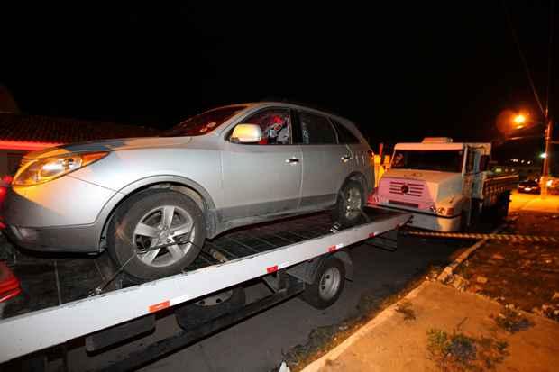Imagem do carro onde o corpo de Thiago Godoy foi encontrado. Foto: Paulo Paiva/DP/D.A Press