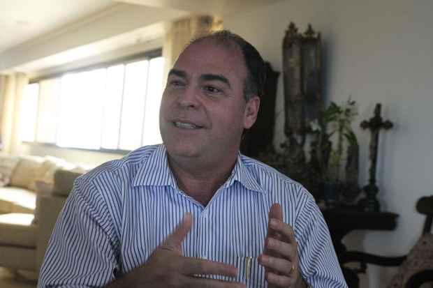 Com o aval do governador Eduardo Campos, o PSB produziu uma cartilha intitulada Do Sertão ao Cais/Fazendo Muito Mais. Foto: Edvaldo Rodrigues/DP/D.A Press
